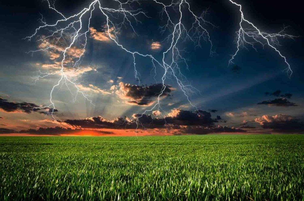 Погода в июле начнется с гроз: синоптик дала плохой прогноз на начало месяца