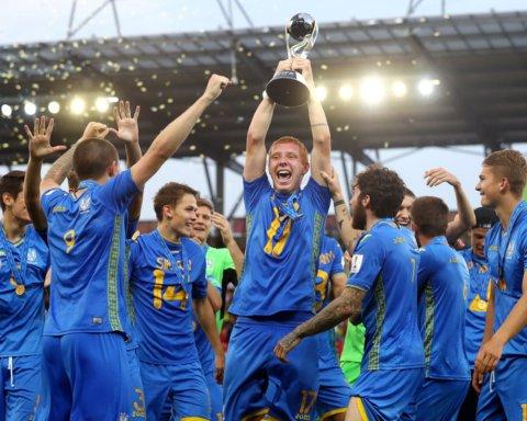 Сборная Украины прибыла в Киев: чемпионов мира встретили, как героев
