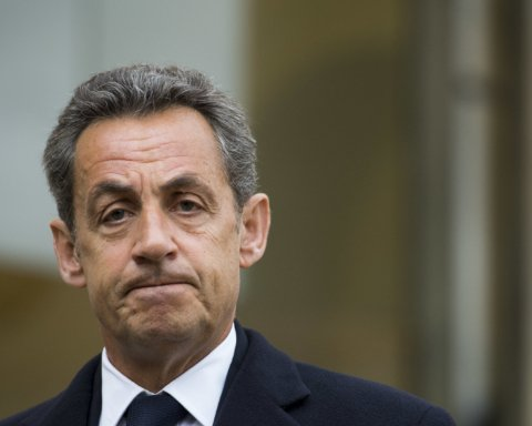 У Франції судитимуть одіозного екс-президента