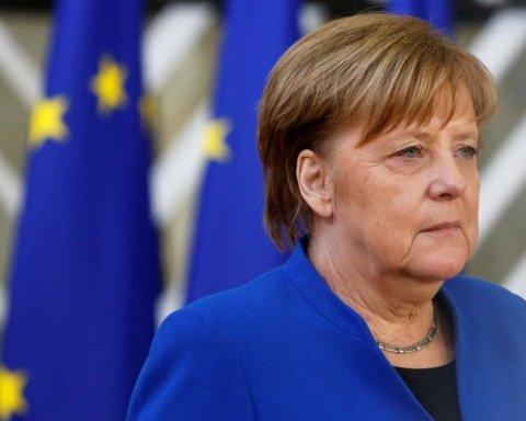 Знову трусилася: Меркель стало зле на зустрічі у президента Німеччини