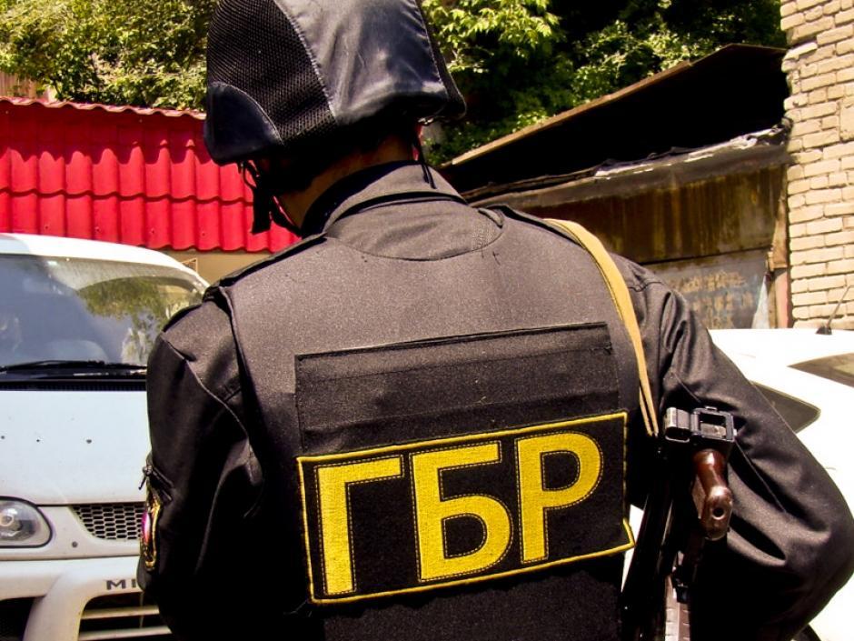 Діряві бронежилети і зіпсовані намети: в ГБР розповіли, чому проводили обшуки у чиновників Міноборони