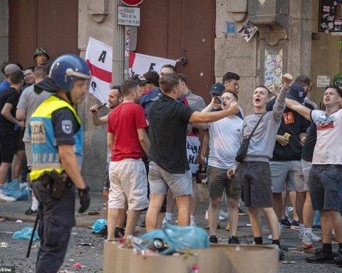 Английские фаны устроили массовые беспорядки в Португалии