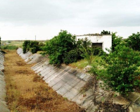 Води не буде: Північно-Кримський канал розграбували, з'явилися сумні фото і відео