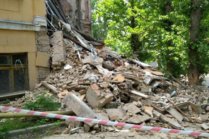 У Києві обвалилася будівля коледжу: з'явилися фото з місця НП