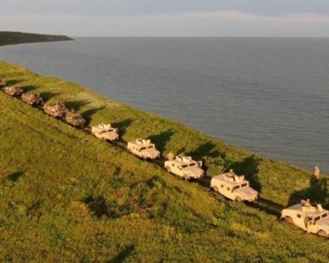 ЗСУ показали, як захищають Азовське море від ворога: яскраве відео