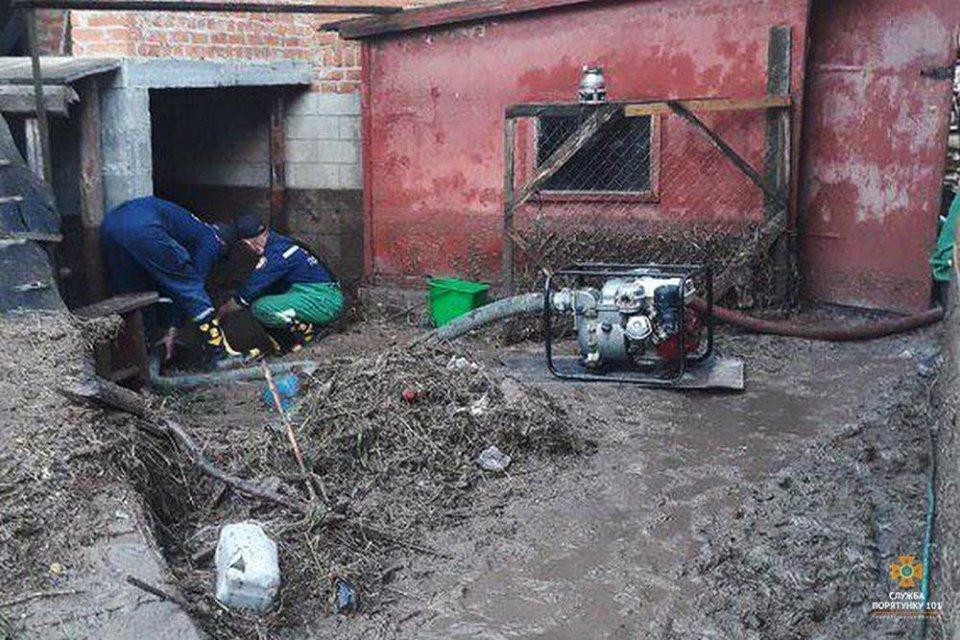 Украину накрыли мощные ливни: появились кадры последствий ужасной непогоды