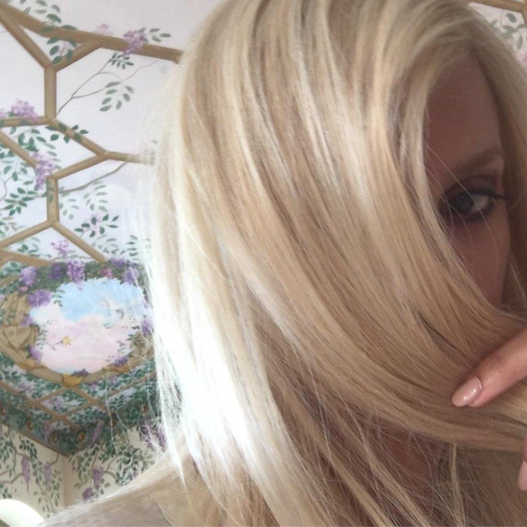 Пенелопа Крус перевоплотилась в блондинку для новой роли (фото)
