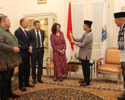 В Индонезии открыли памятник дочери украинского князя: стало известно, почему