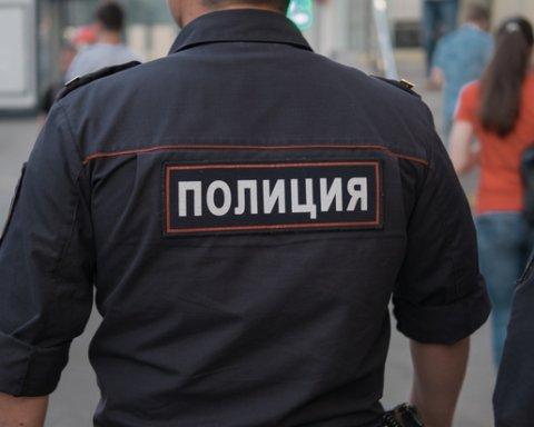 По разные стороны добра и зла: в сети появилось показательное фото из России