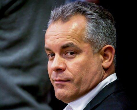 Официально: одиозный молдавский олигарх сбежал из страны