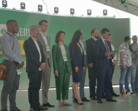Известный ведущий отказался идти в Раду с партией Зеленского: названа причина