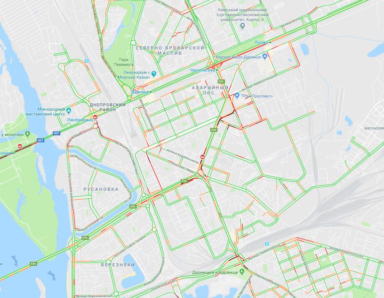 Центр Киева и мосты застыли в пробках: список улиц