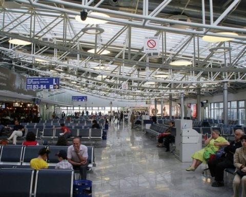 Затримка авіарейсів: що тепер можуть вимагати постраждалі пасажири
