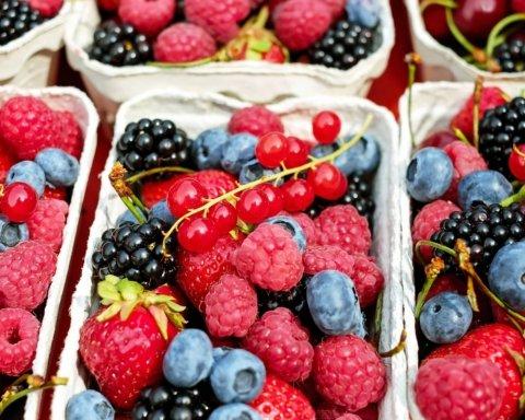 И не ждите: ягоды превратились в роскошь для украинцев