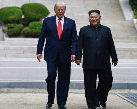 Трамп приехал к демилитаризованной зоне с КНДР: готов перейти границу