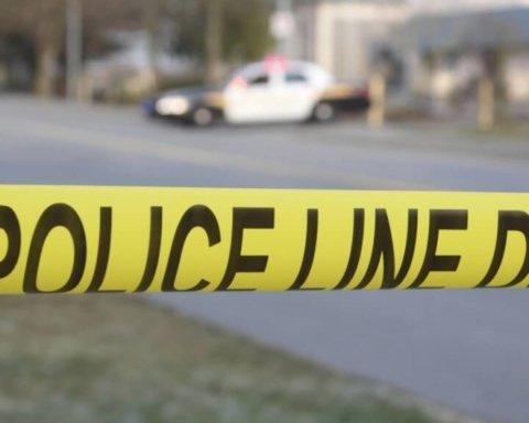 В США произошла стрельба в правительственном здании, много погибших: подробности и фото с места ЧП