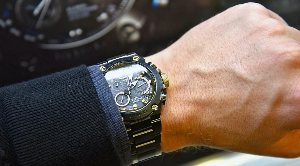 Їдемо на відпочинок: як правильно підібрати годинник для відпустки