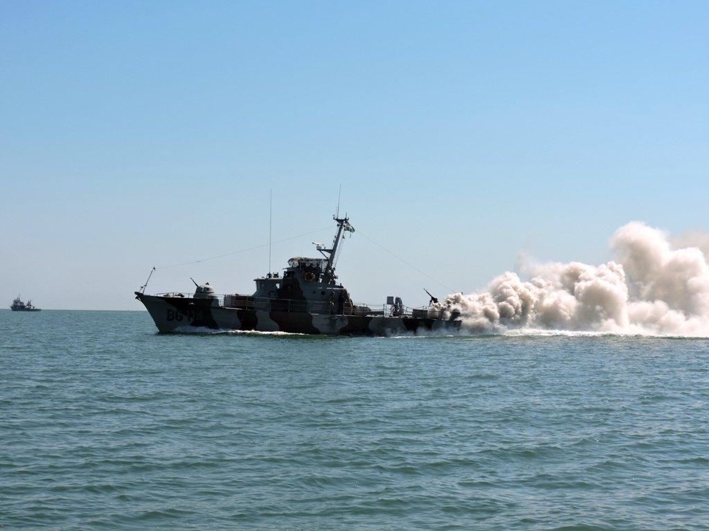 Американські кораблі не зайшли в Чорне море через ризик ескалації російської агресії – Politico