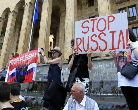 Сотні постраждалих та втрачений зір: що відомо про наслідки протестів у Тбілісі
