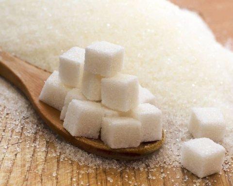 Це краще не вживати: які напої містять забагато цукру
