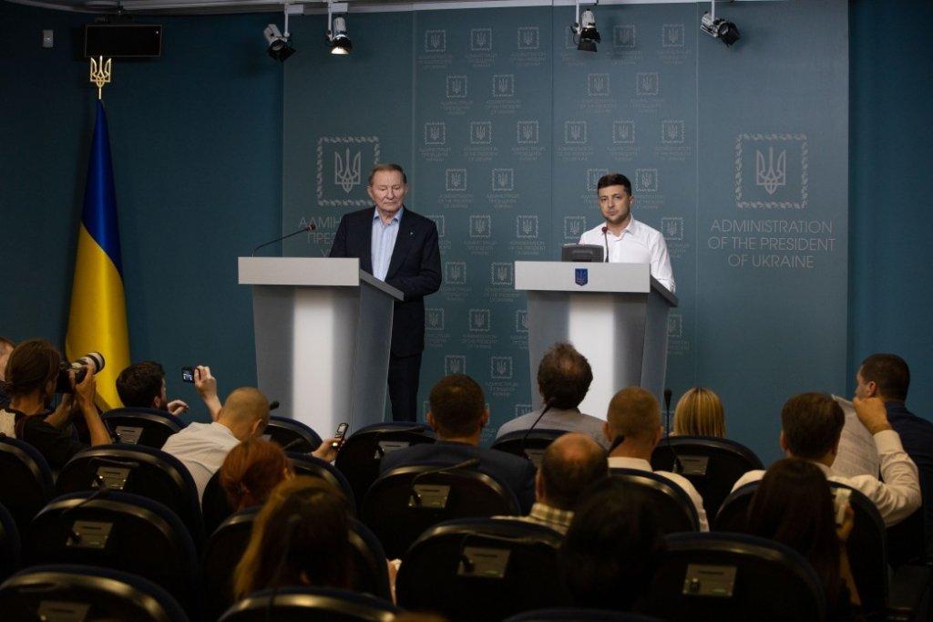 Зеленський хоче, щоб українські олігархи врятували Донбас: розкрито план