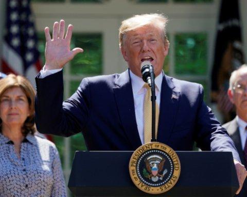 """Трамп оголосив журналістів """"ворогами народу"""": що сталося"""
