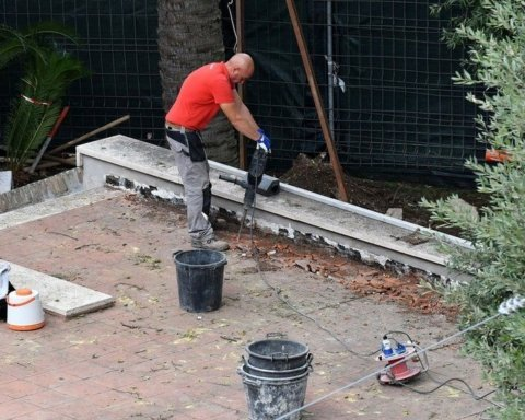 У Ватикані через зниклу дівчину розкопали кілька могил: фото зі священного кладовища