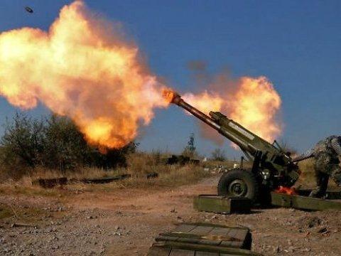 На Донбасі обстріляли окупований Первомайськ: бойовики звинуватили ЗСУ, багато жертв