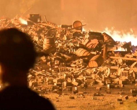 Появилось видео, как на заводе в США догорали тонны литров Jim Beam