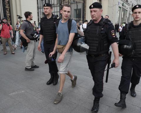 Мітинг за вільні вибори в Москві: десятки затриманих, серед яких кандидати