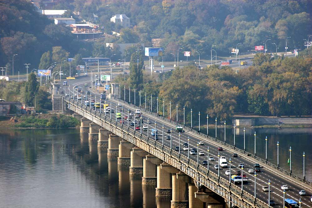 В КГГА рассказали, когда возьмутся за «уставший» мост Патона
