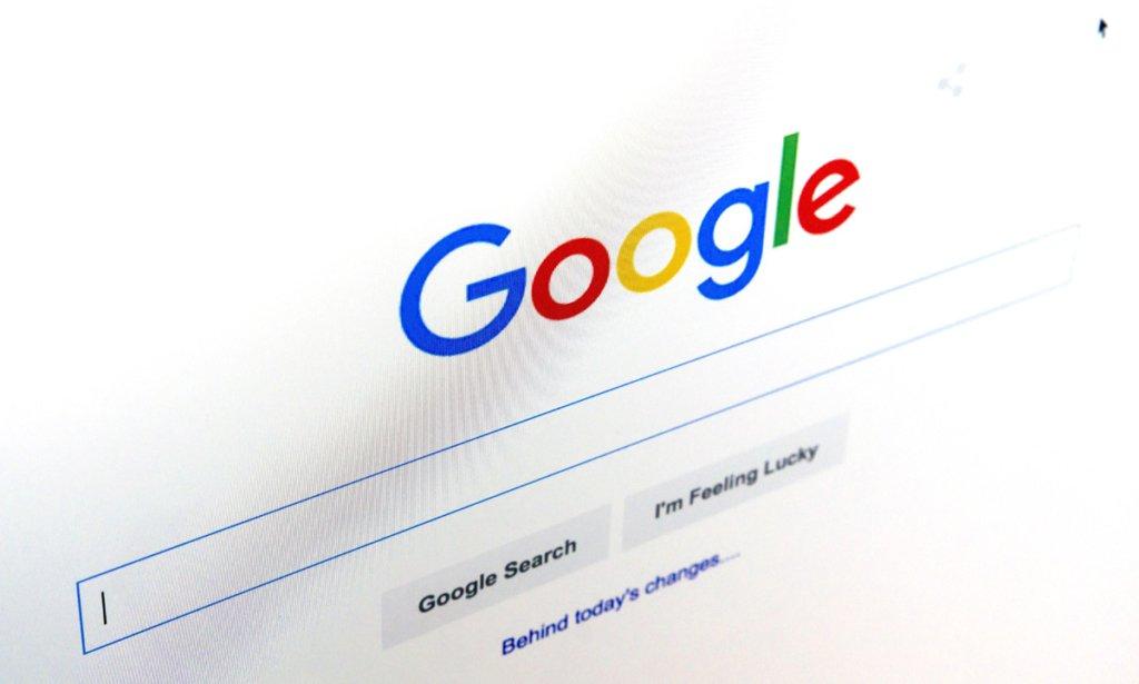 Google сознался, что голосовой помощник прослушивал пользователей