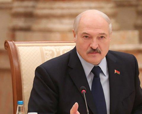 Лукашенко объявил в Беларуси амнистию: первые подробности