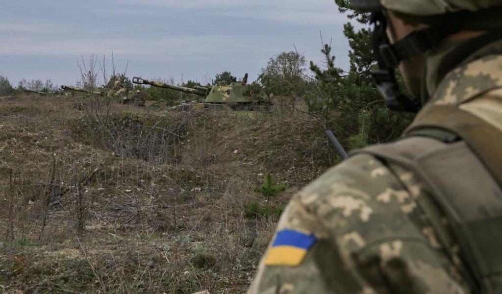 Бойовики на Донбасі поранили 4 бійців ЗСУ