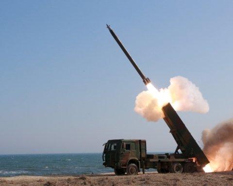 КНДР вновь запустила баллистические ракеты