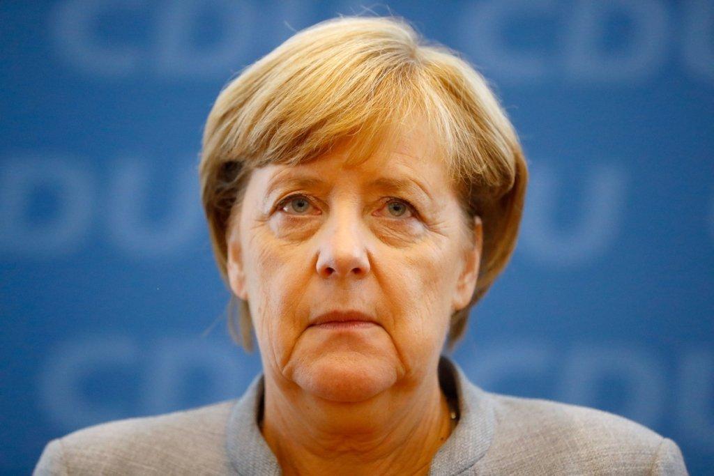 """""""Роботі не заважає"""". Ангела Меркель прокоментувала свої напади тремтіння"""