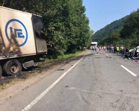 Страшное ДТП на Закарпатье: трое погибших
