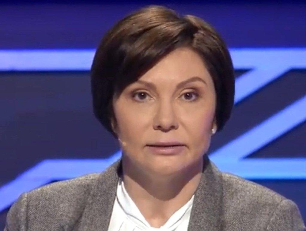 """Одіозна соратниця Януковича Бондаренко """"пролетіла"""" повз Раду"""