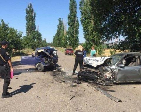 Моторошна ДТП на Миколаївщині: загинув 10-річний хлопчик, якого батько посадив за кермо