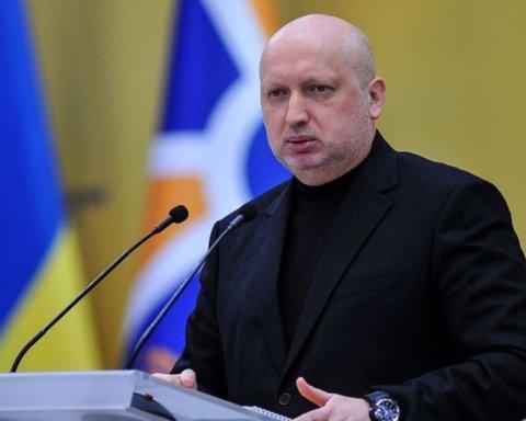 Турчинов рассказал, как можно быстро уничтожить Керченский мост