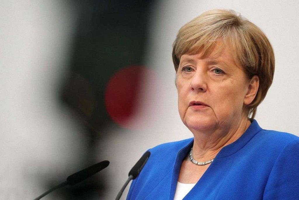 Меркель пішла у відпустку і розповіла, коли закінчить кар'єру