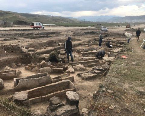 170 скелетов. На Житомирщине нашли братскую могилу жертв коммунистов