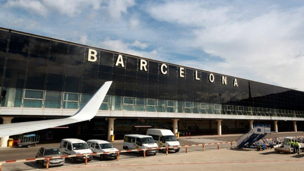 В Барселоні затримали колумбійця з півкіло кокаїну в перуці