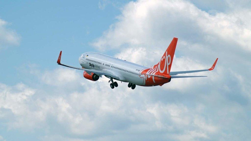 Скандальна авіакомпанія SkyUp відновила рейси після масових затримок