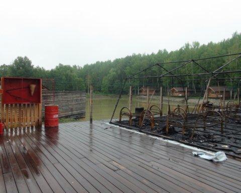 В Росії вщент згорів дитячий табір: моторошні фото і відео