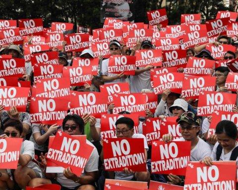 Очередные протесты в Гонконге: власть снова разгоняет активистов силой