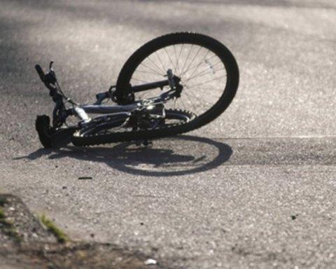 Наркоман за рулем насмерть сбил двух велосипедистов: подробности трагедии