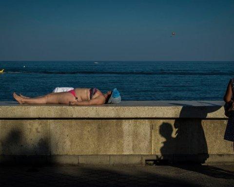 Должны были уже привыкнуть: как выглядит очередной провал туристического сезона в Крыму