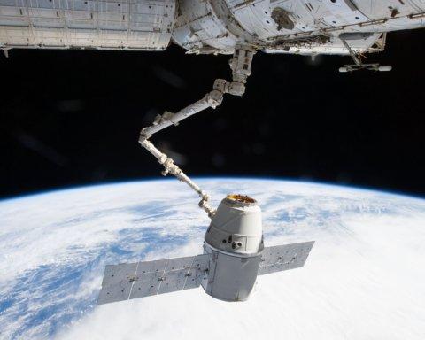 SpaceX запустила в космос принтер для друку людських органів