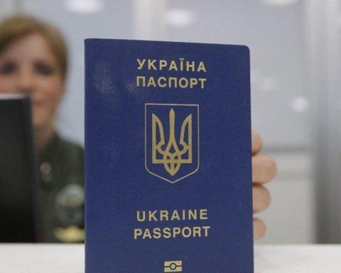У Путіна відреагували на ідею Зеленського роздавати друге громадянство